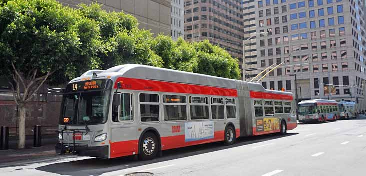 MUNI New Flyer XT60 7210