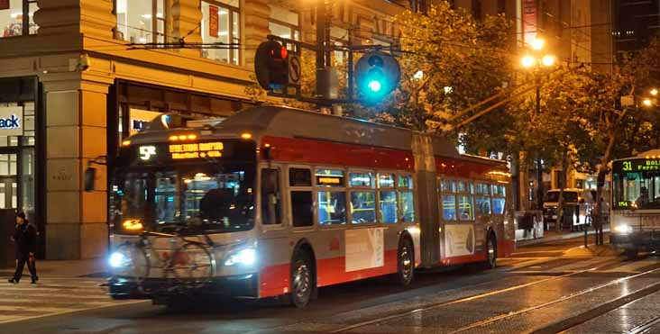 MUNI New Flyer XT60