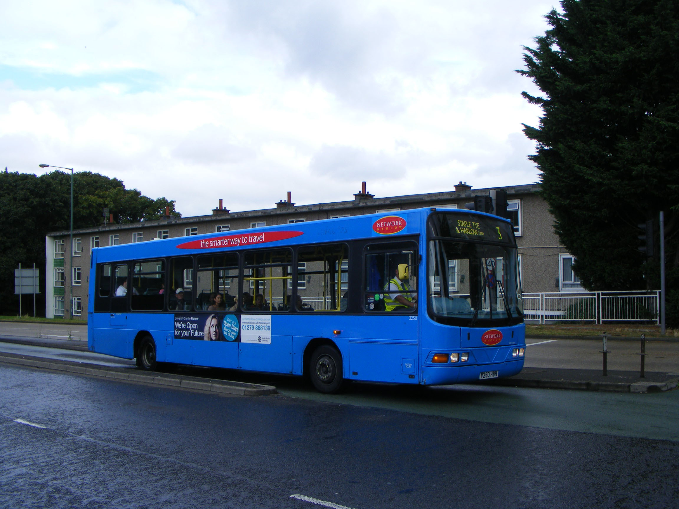 Network Harlow Volvo B6BLE Wright 3250