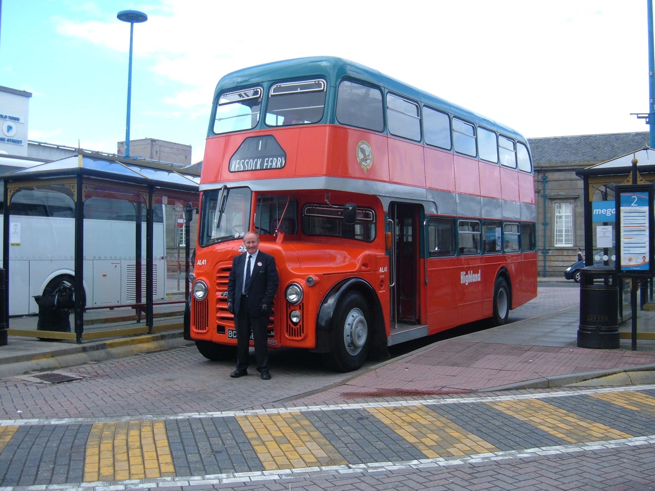 bus station edinburgh