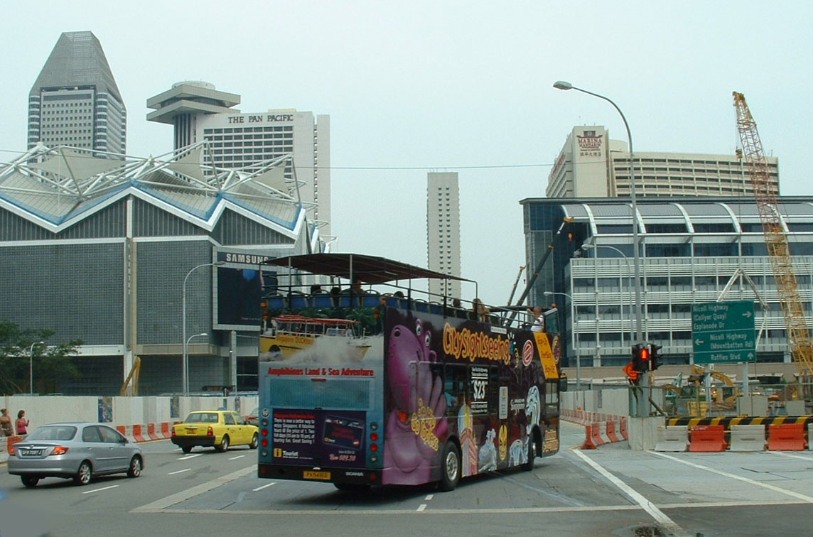 City Sightseeing Singapore Scania - Hippo Tours