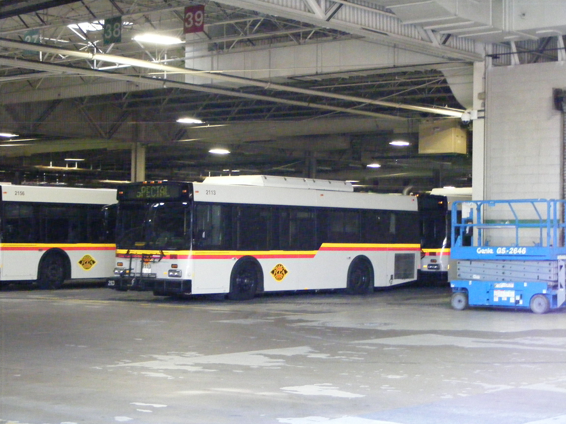 Dayton RTA New Flyer D30LF 2113