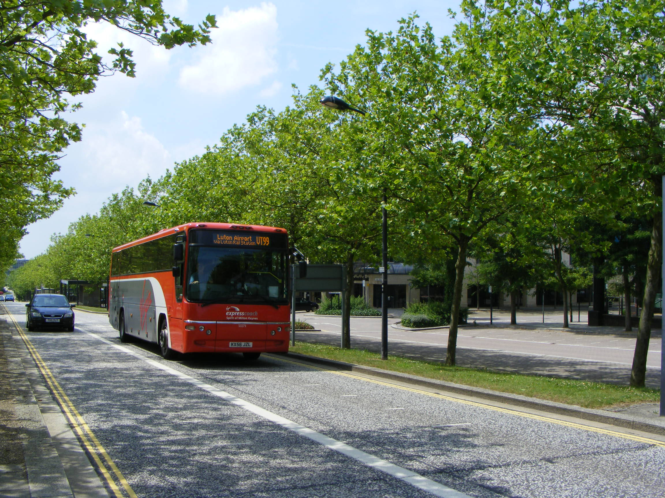 Stagecoach United Counties Volvo B7R Plaxton Virgin Trains 53273