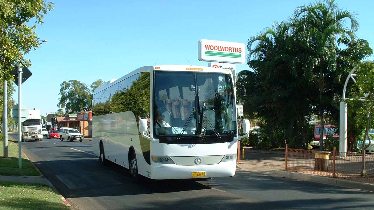 APT Dysons Mercedes Benz O500RF-3 Coach Design