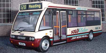 Reading Buses Optare Solo.