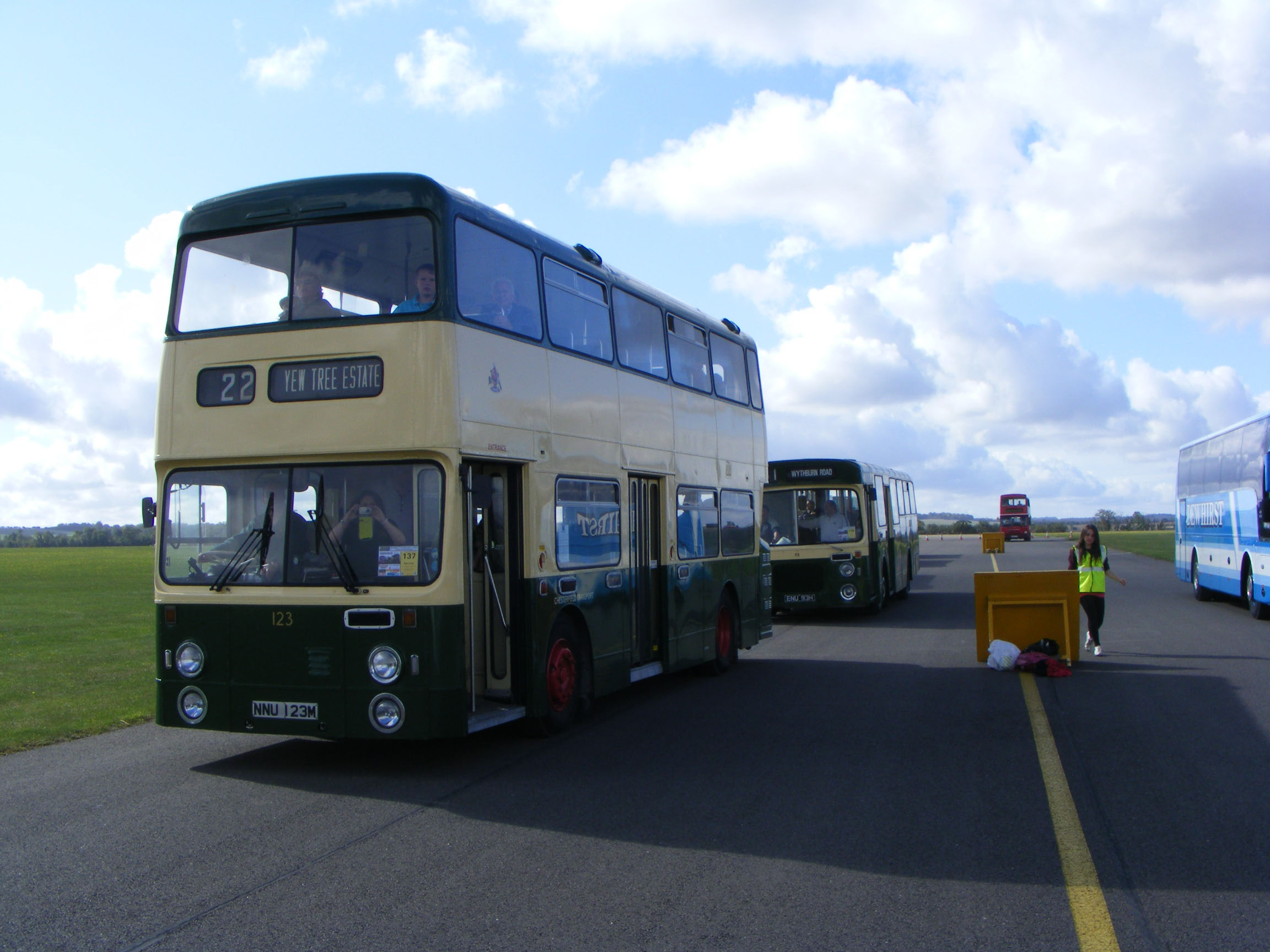 Chesterfield Corporation Daimler Fleetline Roe 123