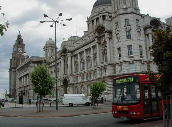 CMT Volvo/Wright by Liver Building