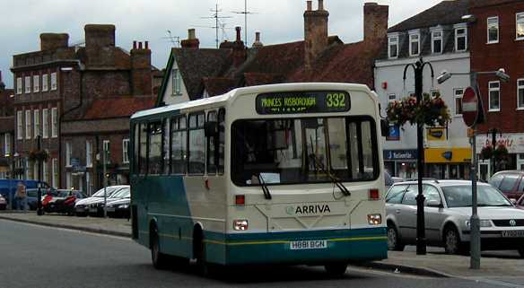 Arriva the Shires Dennis Dart / Wright Handybus