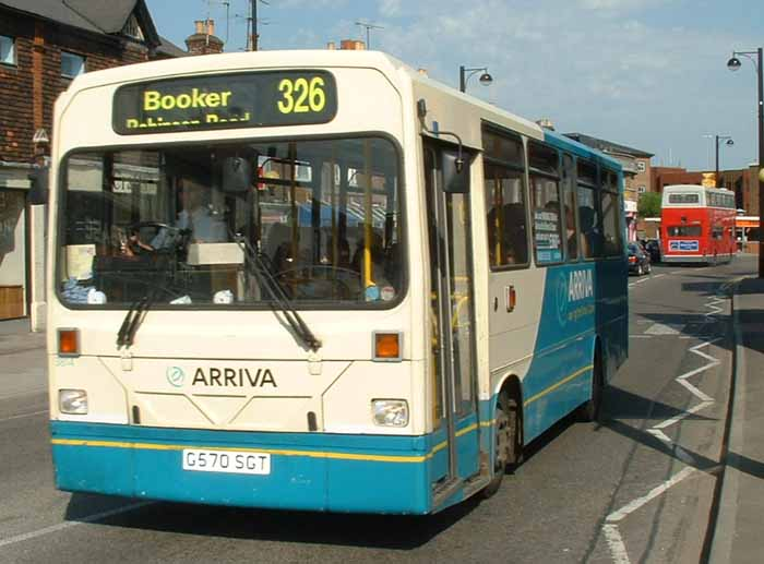 Arriva the Shires Dennis Dart Wright