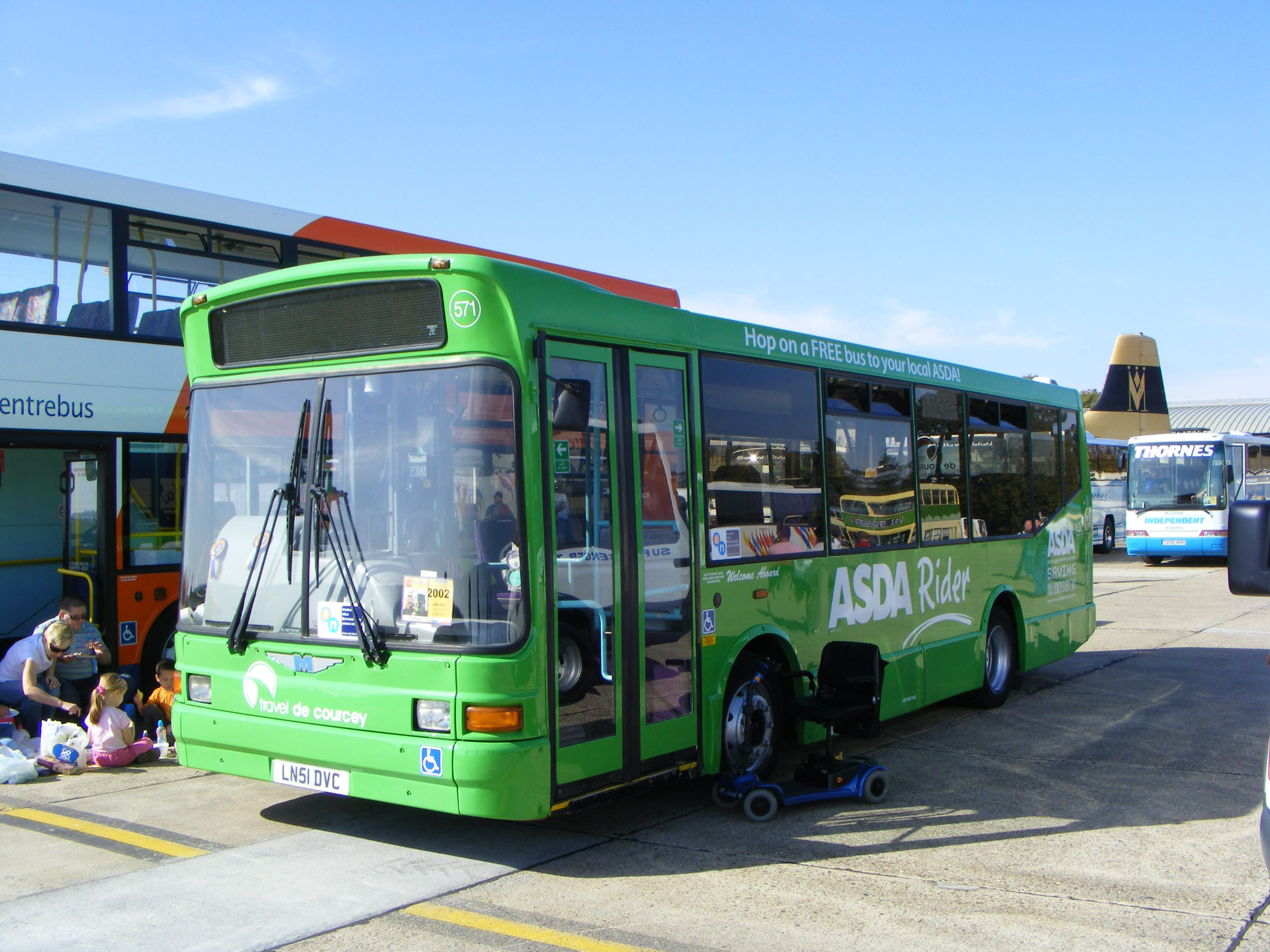 de Courcey Travel Dennis Dart Marshall
