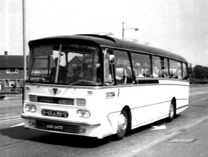 Black & White AEC Reliance Harrington AAD247B