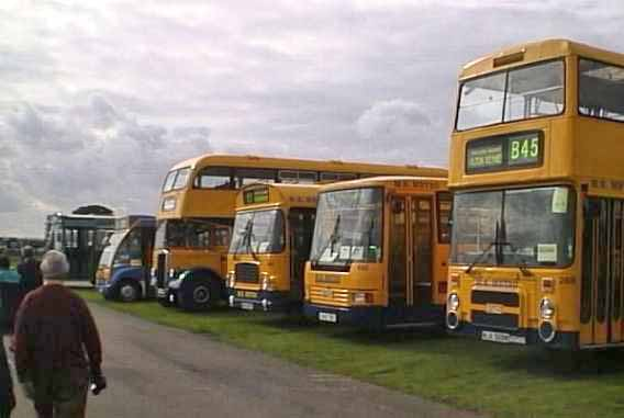 MK Metros at Showbus 99